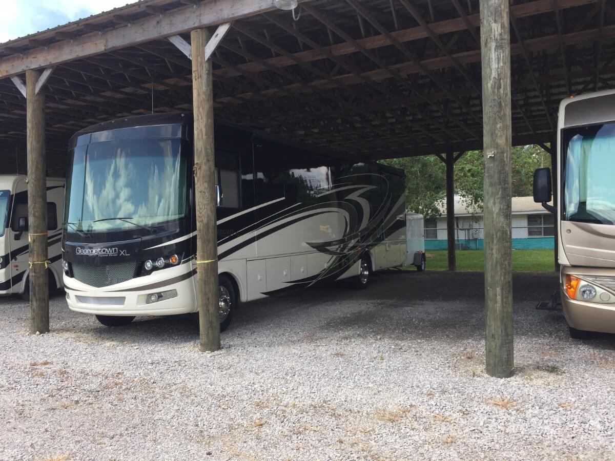 Large, spacious RV storage in Biloxi | Allure RV Park